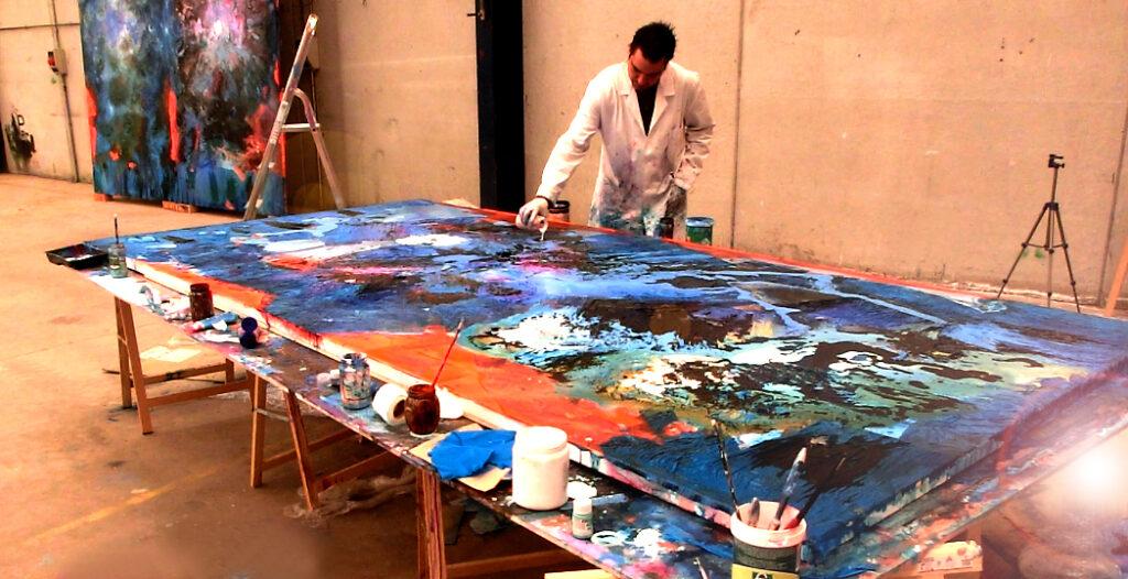 Emilio Vieites en el estudio de arte